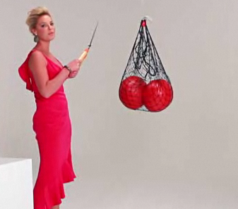 Katherine Heigl really hates balls