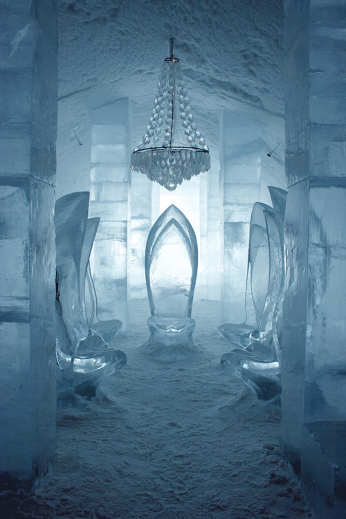 Main_hall_ICEHOTEL_Sweden