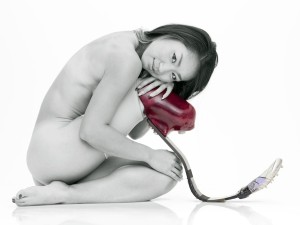 Japanese Paralympian poses nude to raise money for London 2012