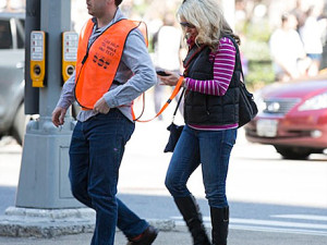 """Seeing Eye People"" help NYC pedestrians text while walking"