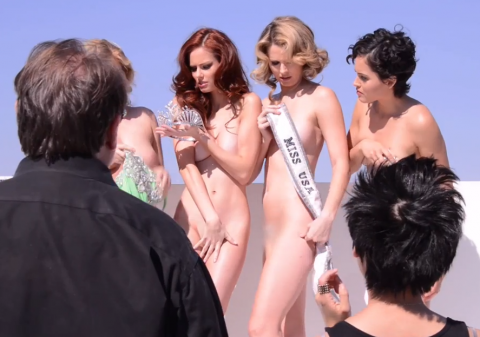 PETA: Naked beauty queens against fur
