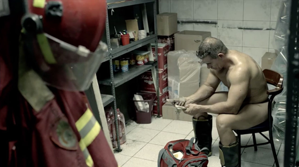 naked-firefighter-pics-cocks-to-big-for-sex-videos