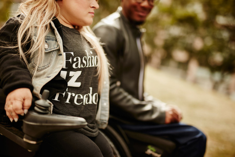 FashionIZFreedom New clothing line for people who use wheelchairs